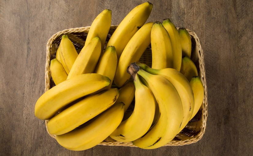 8 ways to save bananas from the bin