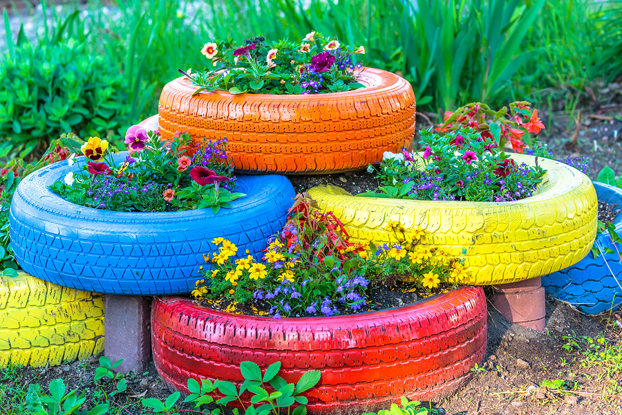 Upcycled tyre planter