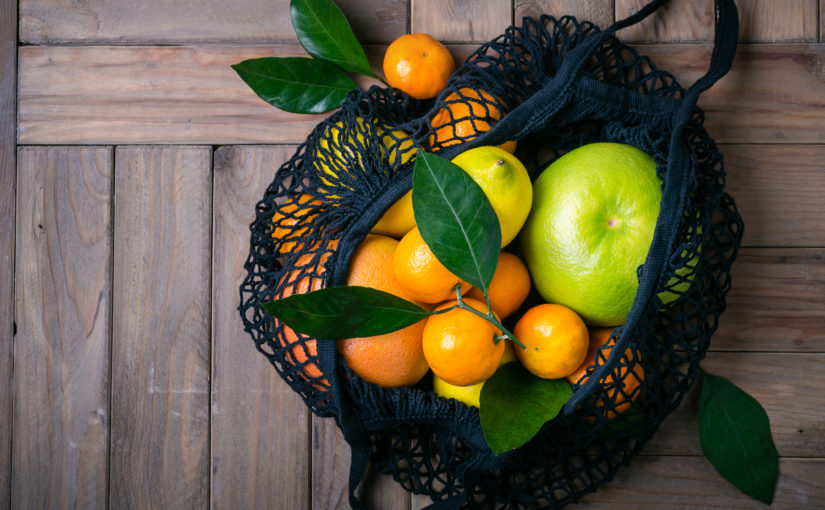 Fruit in a cloth bag — zero waste