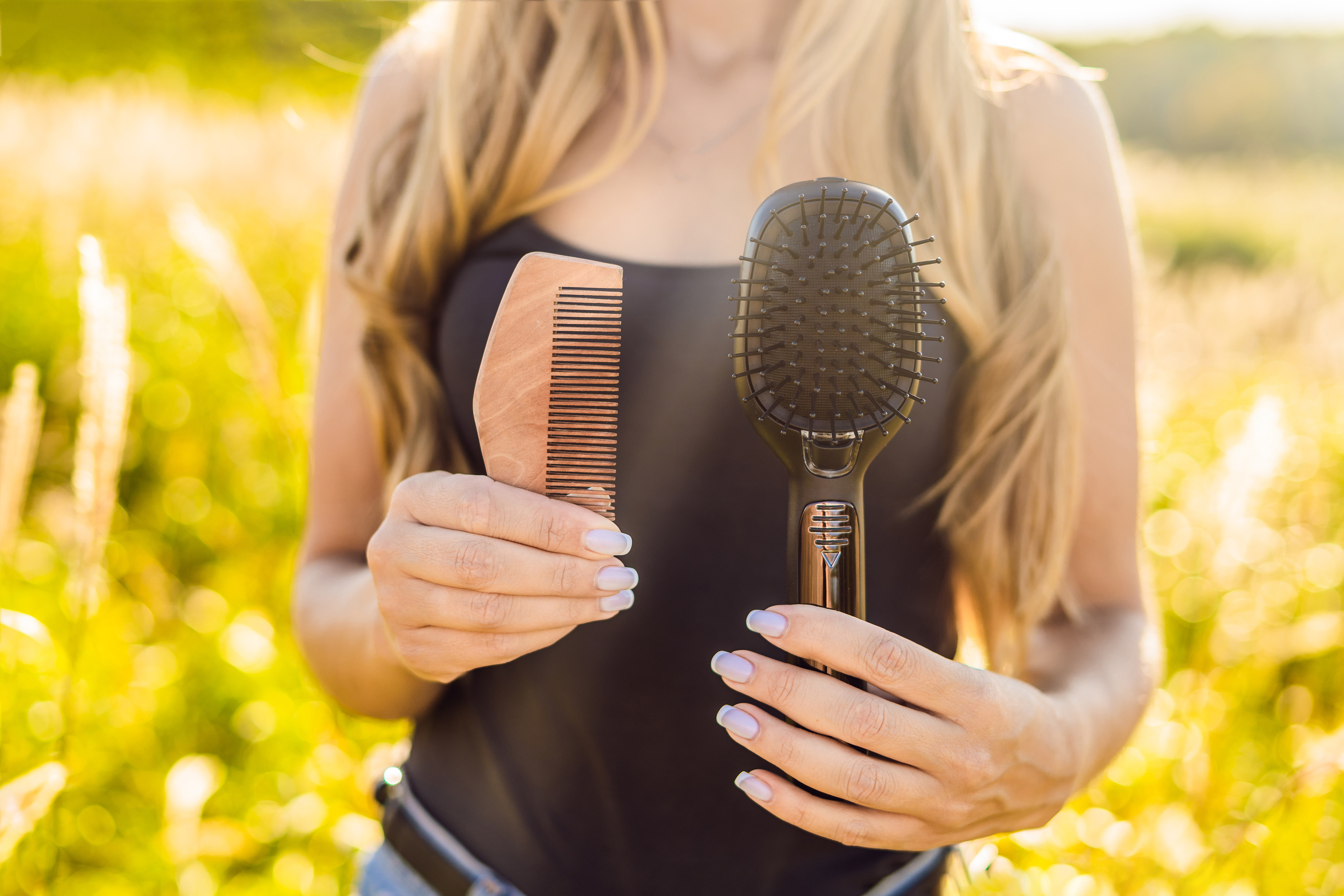 zero waste swap wooden comb plastic hairbrush