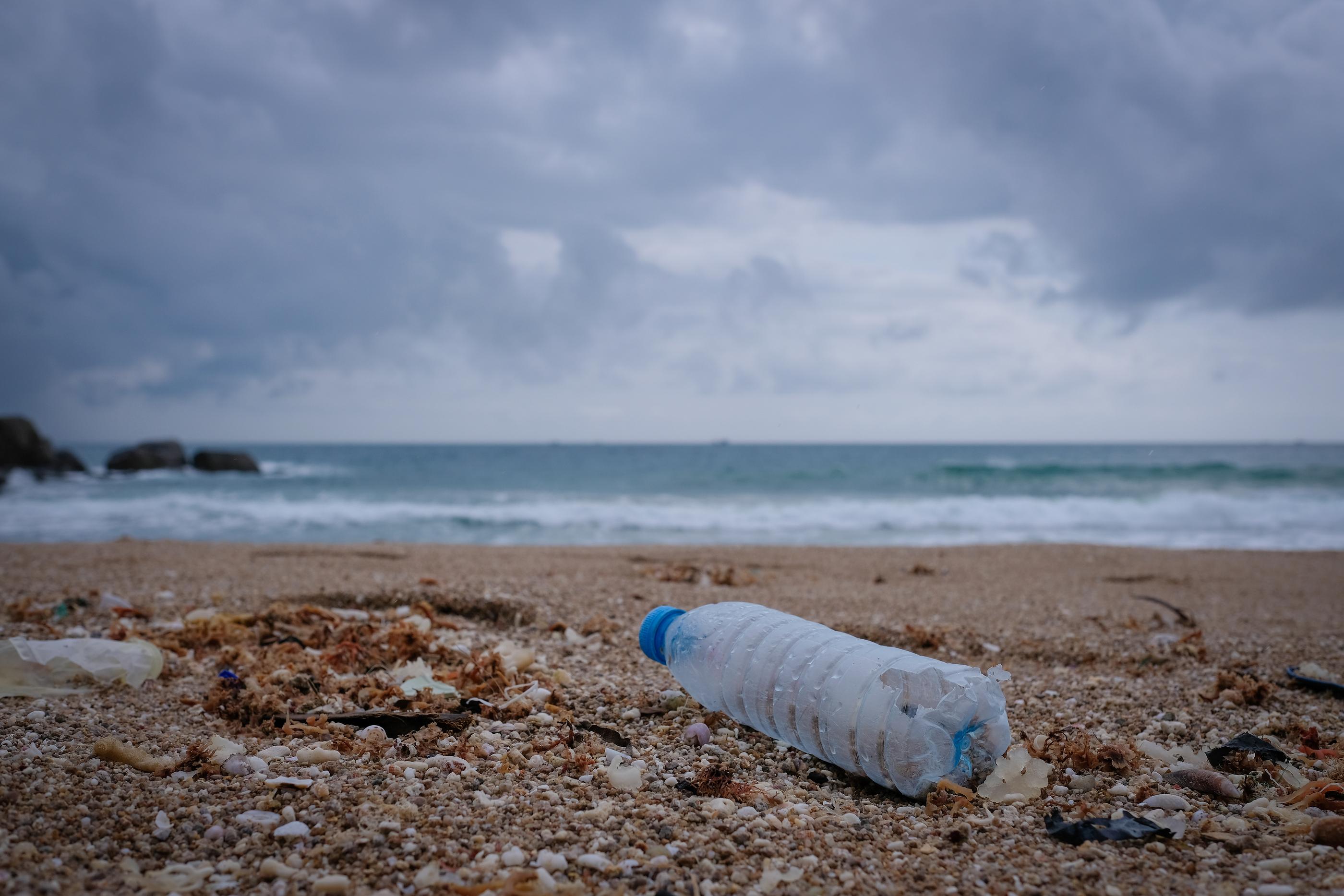 arena para botellas de plástico para hacer ecobricks
