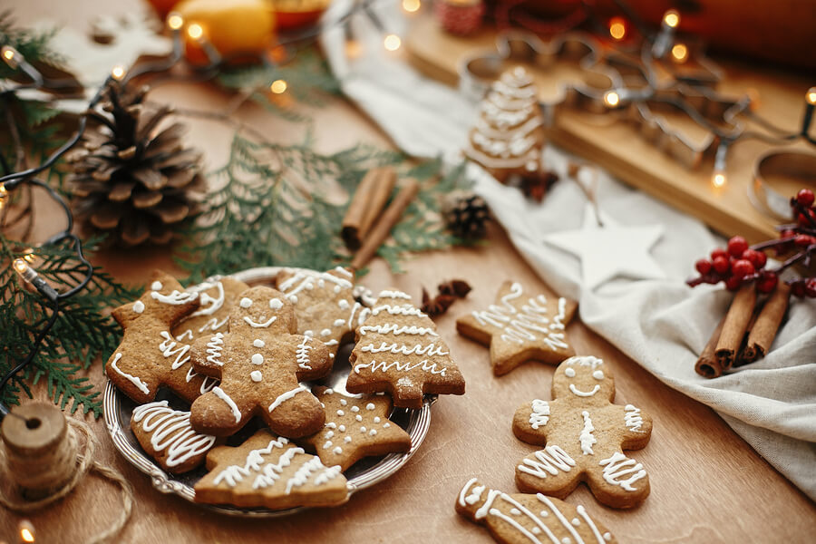 Gingerbread Christmas decorations for a sustainable Christmas